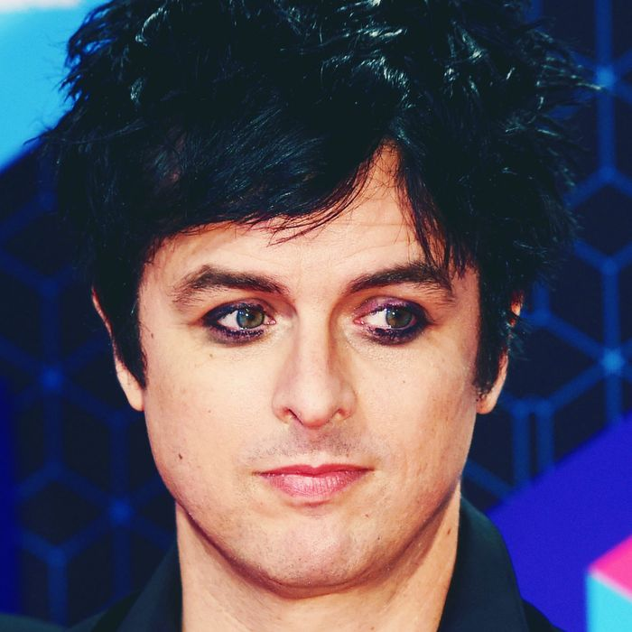 Green Days Billie Joe Armstrong Is Launching An Eyeliner