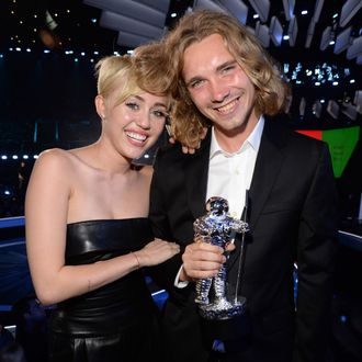 INGLEWOOD, CA - AUGUST 24: Miley Cyrus and Jesse attend the 2014 MTV Video Music Awards at The Forum on August 24, 2014 in Inglewood, California. (Photo by Kevin Mazur/MTV1415/WireImage)
