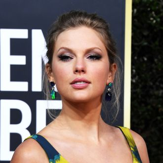 Taylor Swift S Folklore Is Her Seventh Number One Album