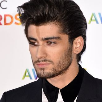 Uh Oh Zayn Malik Quit One Direction S Tour