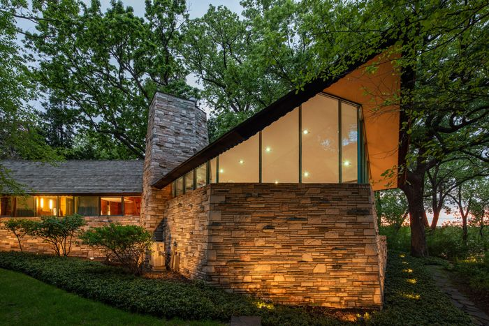 6 Frank Lloyd Wright Homes for Sale Right Now