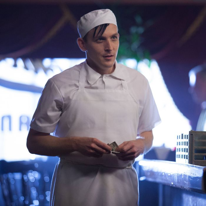GOTHAM: Oswald Cobblepot (Robin Lord Taylor) finds a new job in the