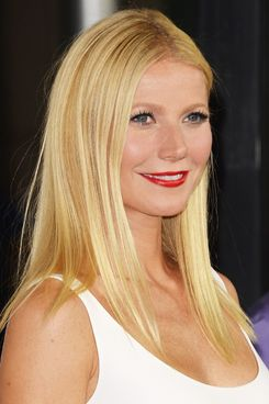 Actress Gwyneth Paltrow attends the premiere of Roadside Attractions' 'Thanks For Sharing' at ArcLight Cinemas on September 16, 2013 in Hollywood, California.  (Photo by Jason Merritt/Getty Images)