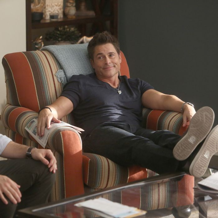 THE GRINDER: L-R: Fred Savage and Rob Lowe in the