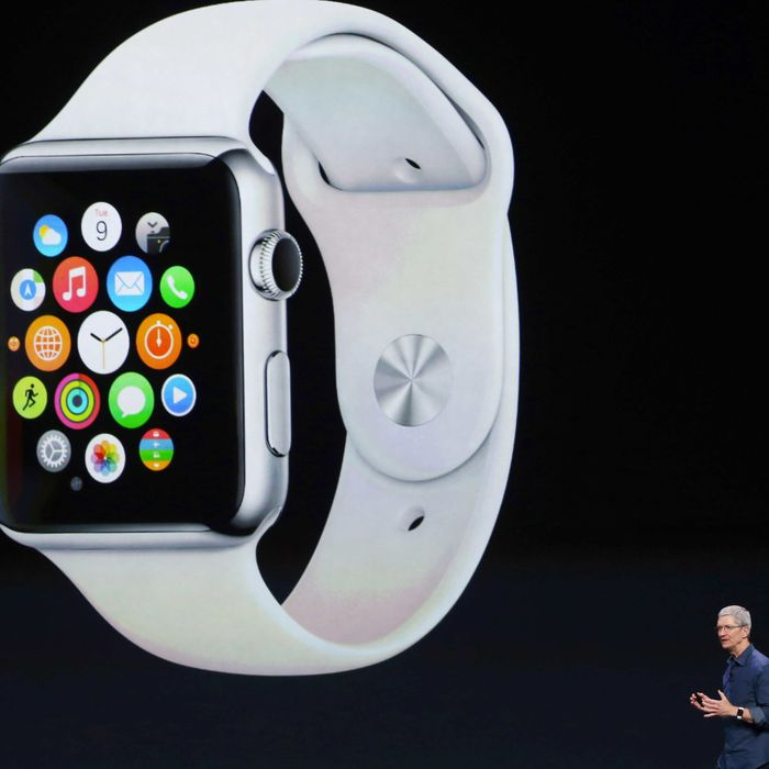 cfaddb058 Here's How Apple Will Convince You to Buy a Smartwatch