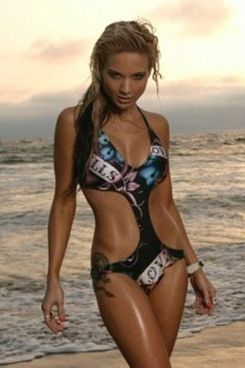 Simone Farrow, modeling for Ed Hardy under the name Simone Starr.