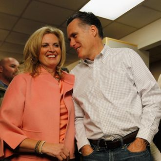 GREENVILLE, SC - JANUARY 21: Republican presidential candidate, former Massachusetts Gov. Mitt Romney and his wife Ann Romney visit a Romney for President Greenville Headquarters on January 21, 2012 in Greenville, South Carolina. Romney continues to campaign for votes in South Carolina on primary day. (Photo by Joe Raedle/Getty Images)