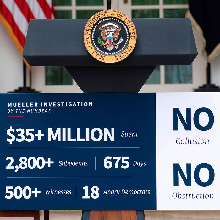 Trump's Mueller Probe Podium Sign Is Now a Meme