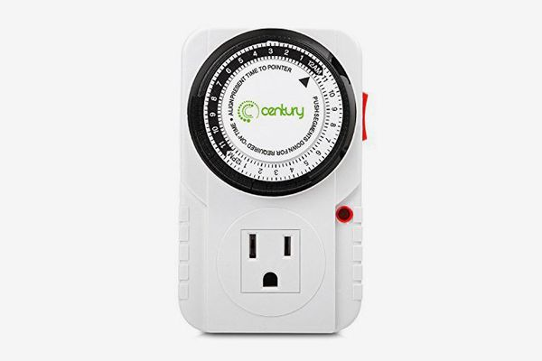 Century 24 Hour Plug-in Mechanical Timer