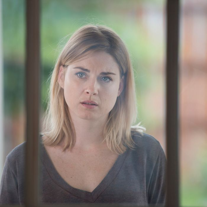 Alexandra Breckenridge as Jessie - The Walking Dead _ Season 6, Episode 5 - Photo Credit: Gene Page/AMC