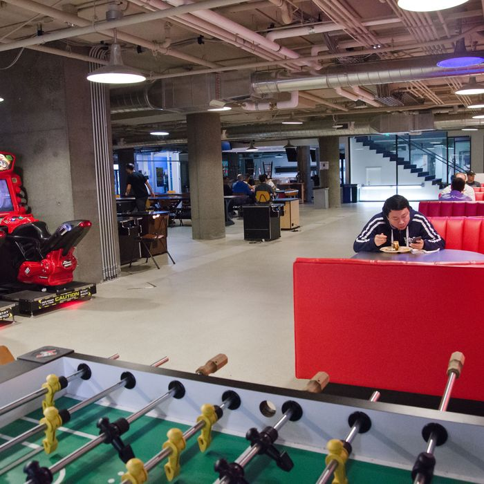 09 Nov 2011, San Francisco, California, USA --- Arcade games and a foosball table: a common view at social gaming giant Zynga's headquarters in San Francisco. Employees are welcome to play, even during office hours. --- Image by ? Karsten Lemm/dpa/Corbis