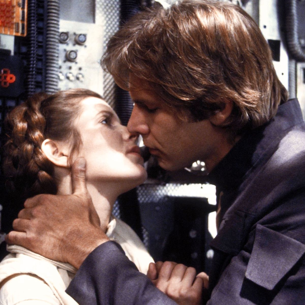 Every Kiss In The Star Wars Cinematic Universe Ranked
