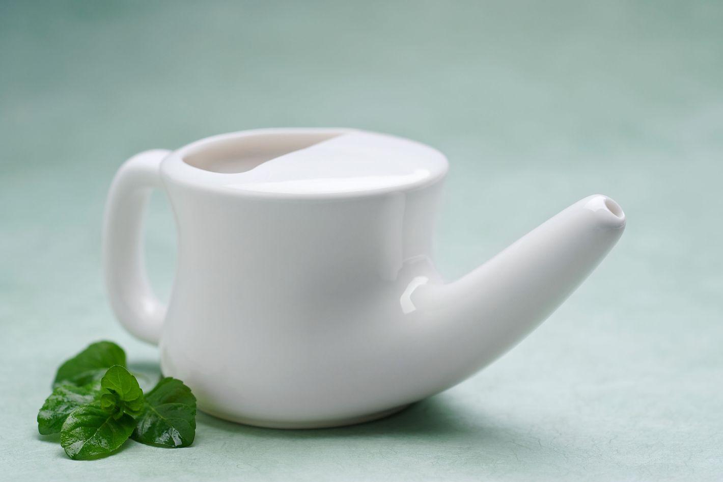 Aromatic Salt Premium Ceramic Neti Pot