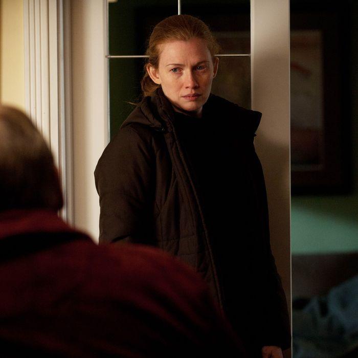Lt. Michael Oakes (Garry Chalk) and Sarah Linden (Mireille Enos) - The Killing - Season 2, Episode 1 - Photo credit: Carole Segal/AMC