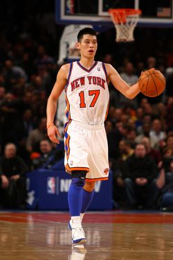 NEW YORK, NY - FEBRUARY 10:  Jeremy Lin #17 of the New York Knicks brings the ball up court against the Los Angeles Lakers at Madison Square Garden on February 10, 2012 in New York City.  NOTE TO USER: User expressly acknowledges and agrees that, by downloading and or using this photograph, User is consenting to the terms and conditions of the Getty Images License Agreement.  (Photo by Chris Chambers/Getty Images) *** Local Caption *** Jeremy Lin