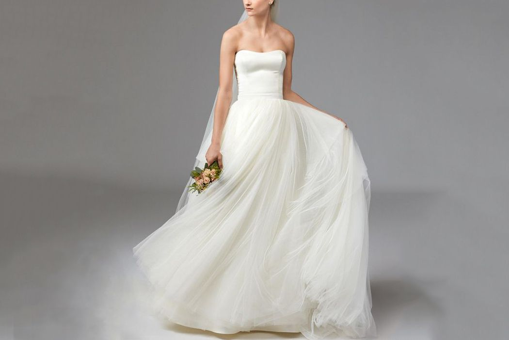 Discount Wedding Gowns: 16 Best Cheap Wedding Dresses That Look Expensive