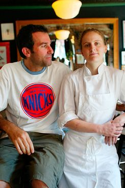Ken Friedman, owner of the The Spotted Pig, photographed with co-owner and chef April Bloomfield. Greenwich Village, Manhattan. New York. 29th June 2004