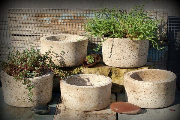Farmbrook Designs 5 Simple Hypertufa Pots