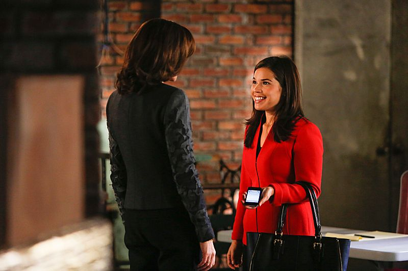"""The Next Month""--Marilyn is concerned about the ethical implications when Eli reconnects with Natalie Flores (guest star America Ferrera, right, with Julianna Margulies, left), on THE GOOD WIFE, Sunday, Nov 17 (9:00-10:00 PM, ET/PT) on the CBS Television Network. Photo: Craig Blankenhornl/CBS ?'??2013 CBS Broadcasting Inc. All Rights Reserved"