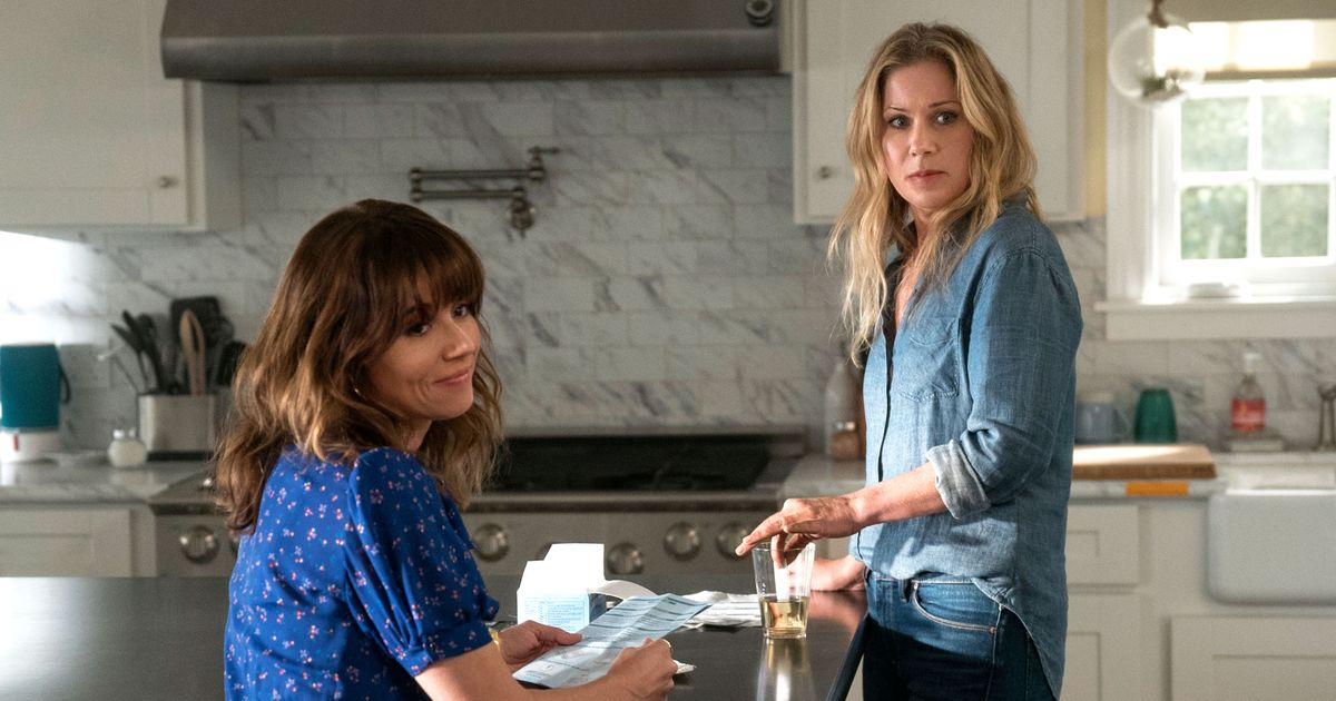 9 Lingering Dead to Me Questions Season 2 Needs to Answer