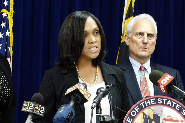 6 Baltimore Police officers indicted in death of Freddie Gray