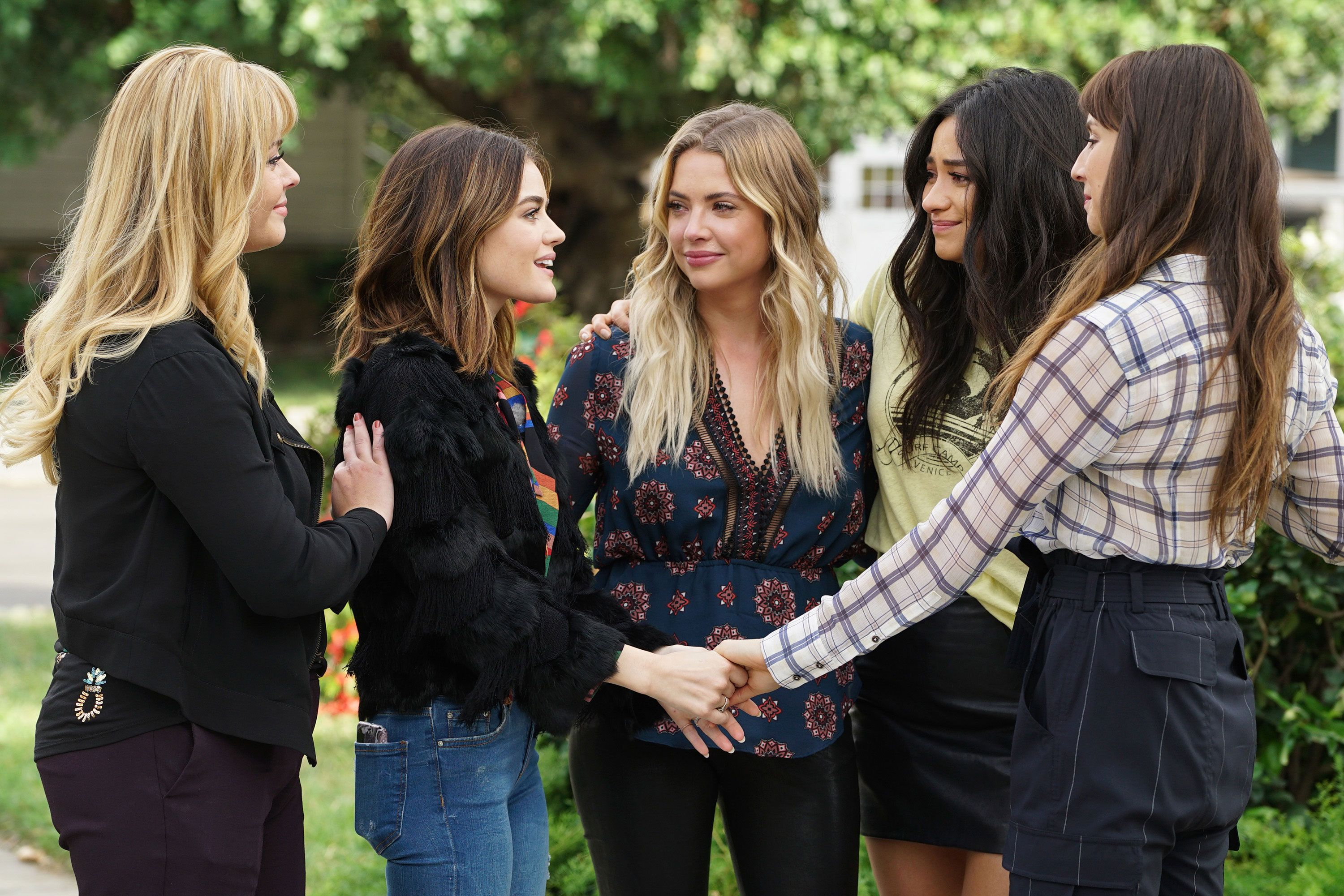 Pretty Little Liars Series Finale Let Us Discuss
