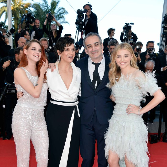 (L-R) Actresses Kristen Stewart, Juliette Binoche, director Olivier Assayas and Chloe Grace Moretz attend the