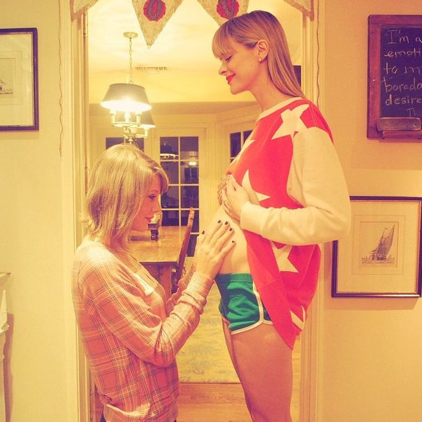 Taylor Swift and Jaime King and upcoming baby.
