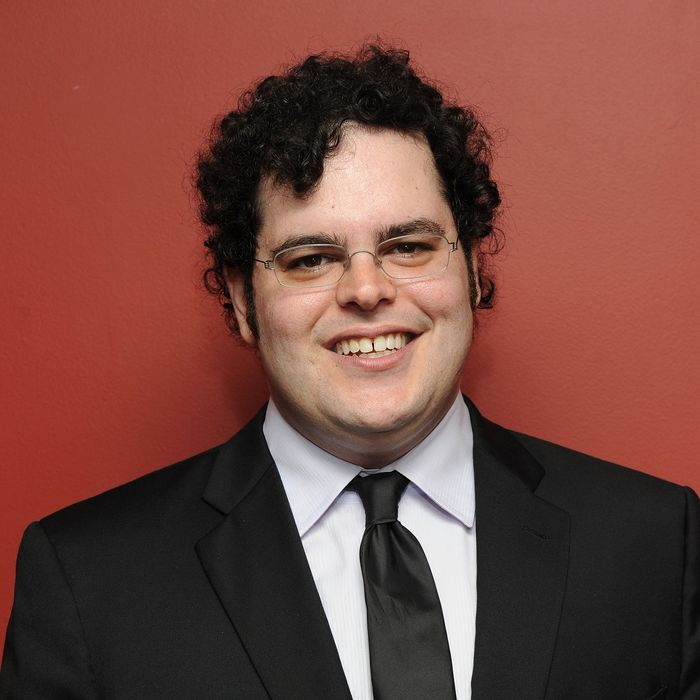 NEW YORK, NY - MAY 26: Actor Josh Gad attends the 61st annual Outer Circle Critics awards at Sardi's on May 26, 2011 in New York City. (Photo by Jason Kempin/Getty Images)