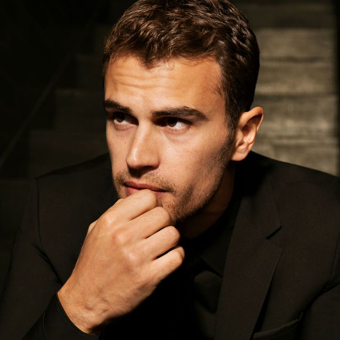 Theo james on eyebrows and manscaping theo james m4hsunfo