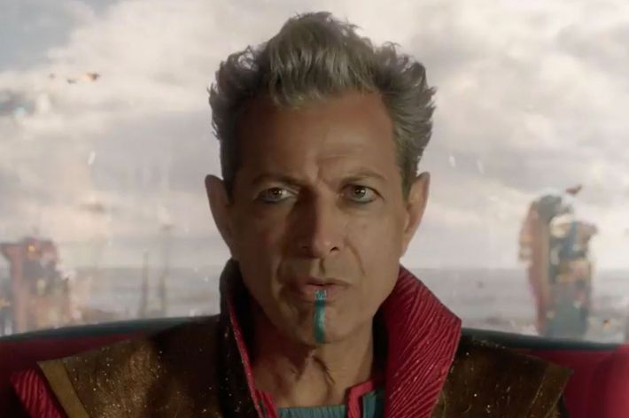thor ragnarok trailer breaking down the 80s ified teaser