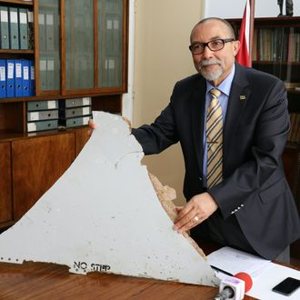 MOZAMBIQUE-MALAYSIA-CHINA-AUSTRALIA-AVIATION-ACCIDENT