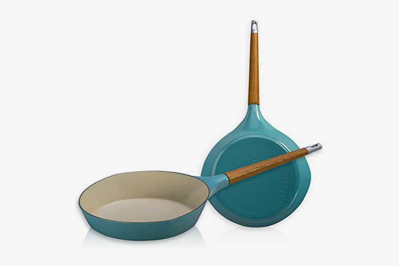 Le Creuset L2081-284T Raymond Loewy Skillet