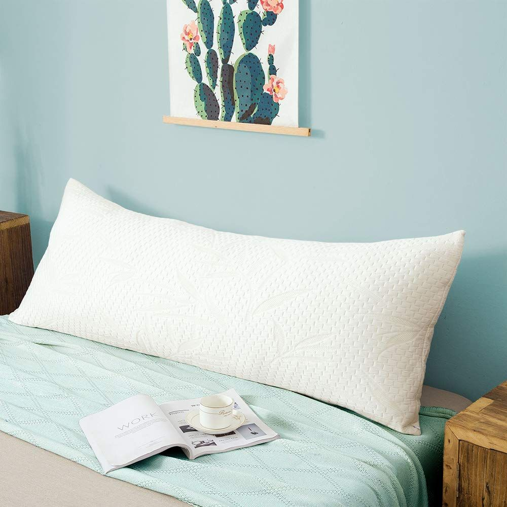 53 Dorm Room Essentials To Buy For 2019