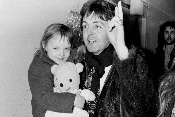 September 1995 --- Musician Lenny Kravitz Holding His Daughter Zoe