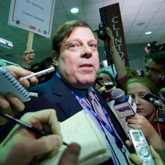USA - 2008 Elections - Texas - Clinton Campaign Advisor Mark Penn