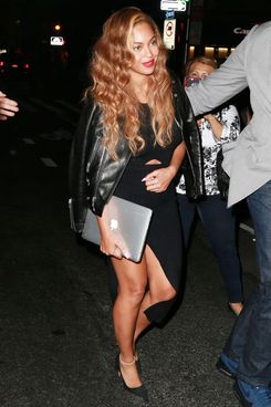 **NO DAILY MAIL SALES**Beyonce spotted out and about in New York City