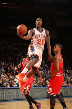 NEW YORK, NY - APRIL 8:  Iman Shumpert #21 of the New York Knicks goes to the basket during the game between the Chicago Bulls and the New York Knicks on April 8, 2012 at Madison Square Garden in New York City, New York.  NOTE TO USER: User expressly acknowledges and agrees that, by downloading and or using this photograph, User is consenting to the terms and conditions of the Getty Images License Agreement. Mandatory Copyright Notice: Copyright 2012 NBAE  (Photo by Nathaniel S. Butler/NBAE via Getty Images)