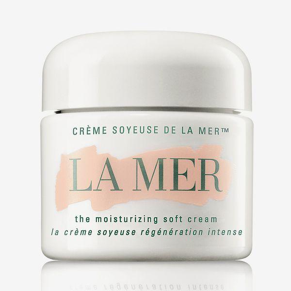 la mer moisturizing soft cream - strategist spring beauty sale