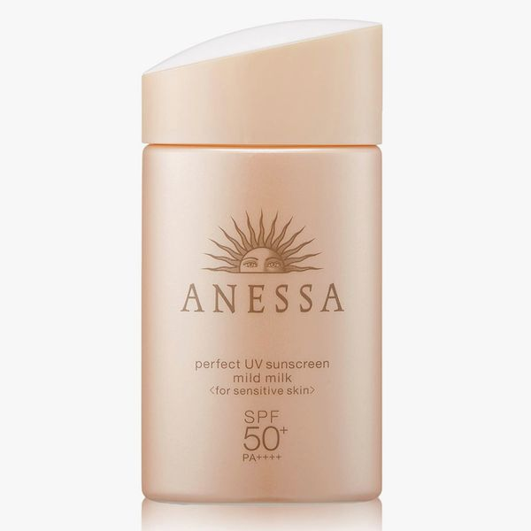 ANESSA Perfect UV Sunscreen Mild Milk SPF50+/PA++++