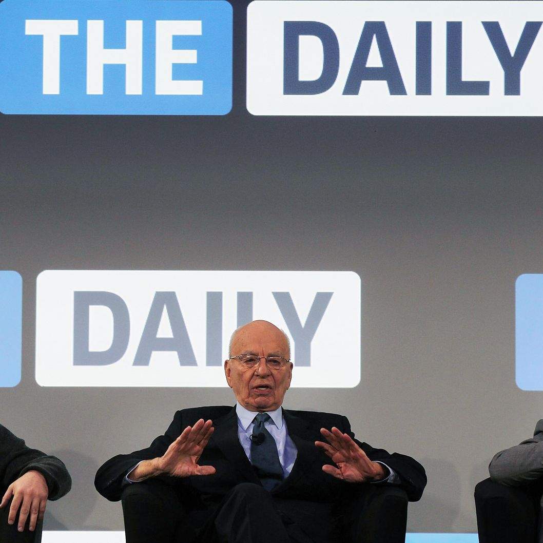 NEW YORK, NY - FEBRUARY 02:  News Corp. CEO Rupert Murdoch (C) sits on stage with The Daily editor Jesse Angelo (R) and Eddy Cue, VP of Internet Services at Apple, for the launch of his new online newspaper for the Apple iPad called The Daily on February 2, 2011 at the Guggenheim Museum in New York City. The new media product is owned by News Corp. and will be sold for 14 cents a day.  (Photo by Spencer Platt/Getty Images) *** Local Caption *** Rupert Murdoch;Eddy Cue;Jesse Angelo