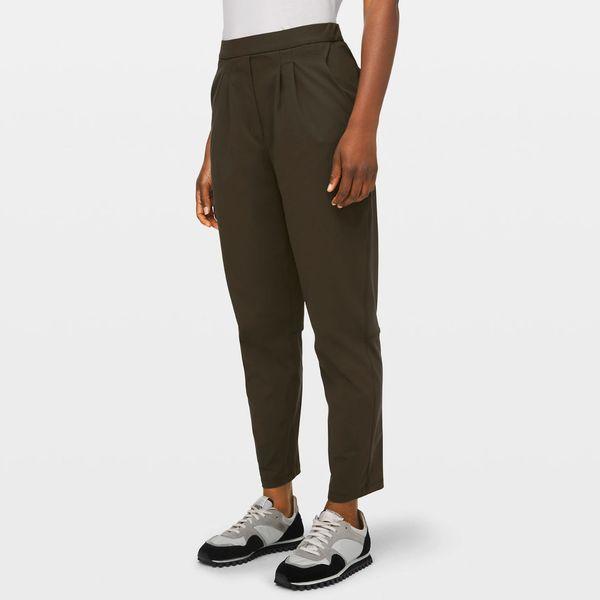 Lululemon Essential High-Rise Trouser