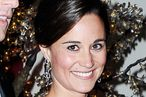 Pippa Middleton Shucks Oysters