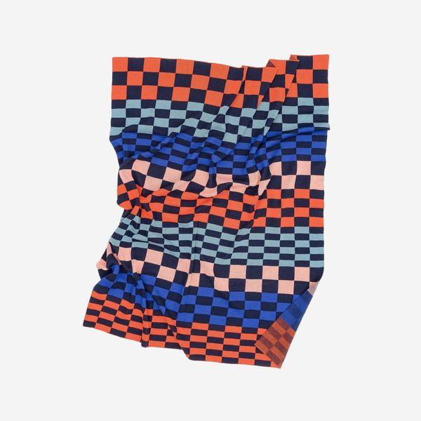 Verloop Albers Checkerboard Throw Blanket