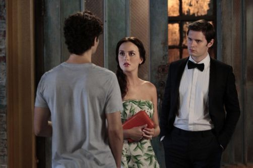 """Yes, Then Zero"" -- Penn Badgley as Dan Humphrey, Leighton Meester as Blair Waldorf and Hugo Becker as Louis in Gossip Girl on the CW. Photo Credit: Giovanni Rufino / The CW © 2011 The CW Network, LLC. All Rights Reserved."