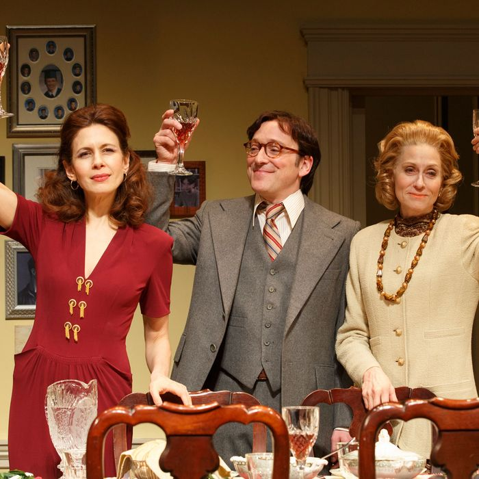 THE ASSEMBLED PARTIES By Richard Greenberg. Directed by Lynne Meadow At MTC's Samuel J. Friedman Theatre (261 West 47th Street) Pictued (L to R): Jessica Hecht as 'Julie,' Jeremy Shamos as 'Jeff,' and Judith Light as 'Faye.'