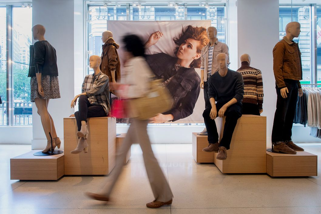 Shoppers Inside A Gap Inc. Store Ahead Of The Order-In-Store Option Release