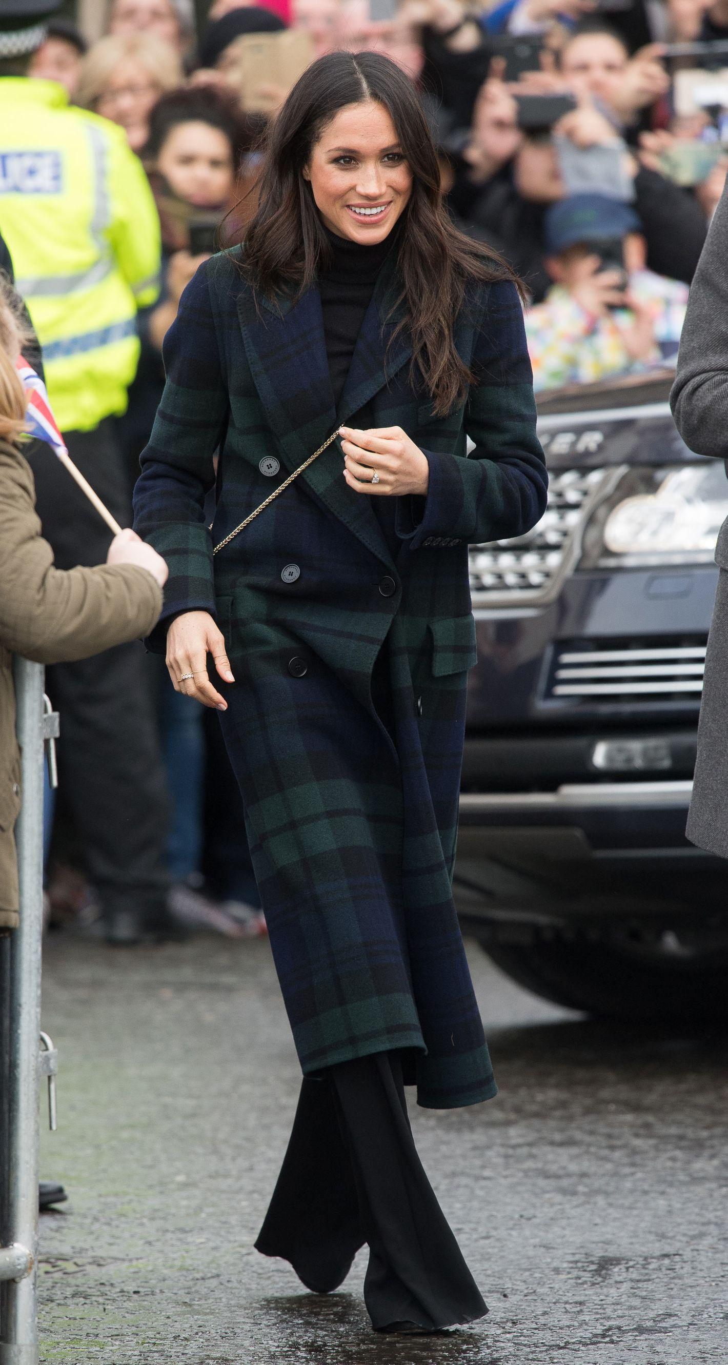Stella mccartney mantel meghan markle