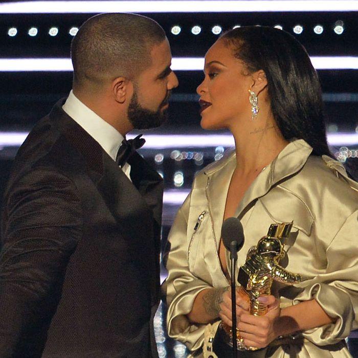 Drake dating rihanna free dating site adelaide
