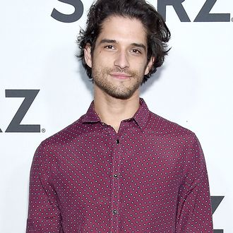 The Cw S The Lost Boys Casts Tyler Posey And Kiele Sanchez